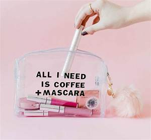 Try This: DIY Clear Makeup Bag – A Beautiful Mess