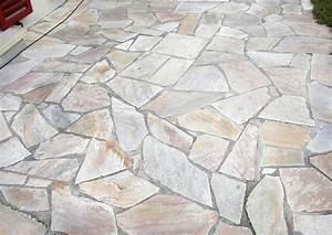 Terracotta Fliesen Terrasse : mediterrane terrassenplatten und belag naturstein pflaster ~ Markanthonyermac.com Haus und Dekorationen