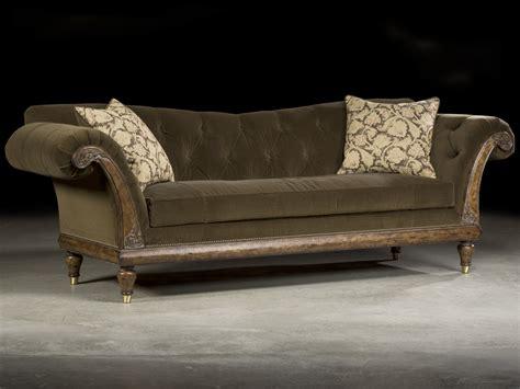 Velvet Tufted Sofa by Luxurious Tufted Velvet Carved Sofa Luxurious Decor