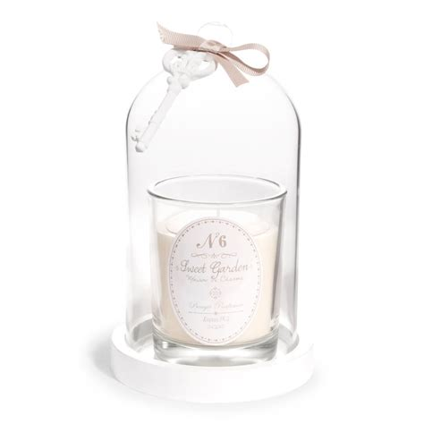 bougie parfum 233 e sous cloche ivoire h 20 cm sweet garden maisons du monde