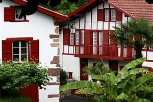 La Maison Du Volet : la maison basque ces maisons pittoresques de nos r gions linternaute ~ Melissatoandfro.com Idées de Décoration