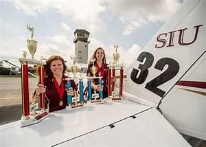 SIU female aviators win 2015 Air Race Classic