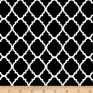 Quatrefoil Black/White - Discount Designer Fabric - Fabric com