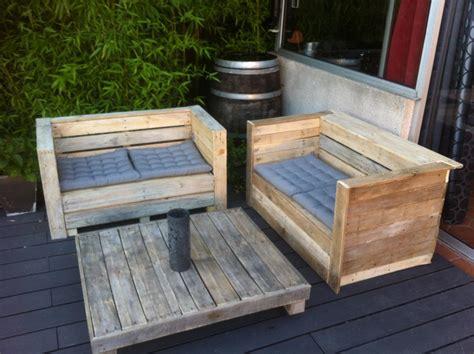 canap en palette en bois photos canapé en bois de palette