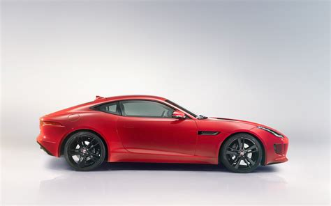 2018 Jaguar F Type R Coupe Salsa Red Studio 4