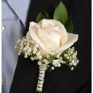 classic ivory boutonniere and corsage wedding package