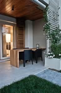 Contemporary Outdoor Trellis