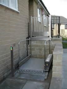 Wheelchair Platform Lift