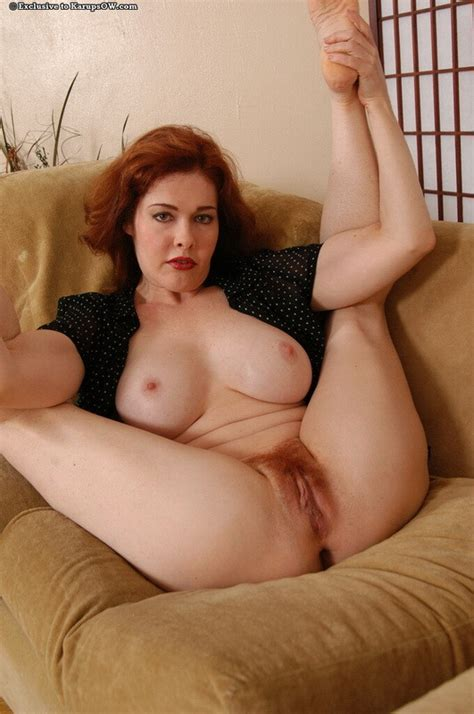 kinky older mature redhead sexy ass housewife mom gets naked pichunter
