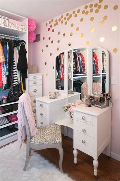 Dressing Closet Designs Interior