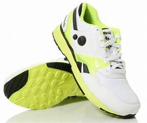 Reebok AXT Side Pump Trainer White Neon Yellow Black
