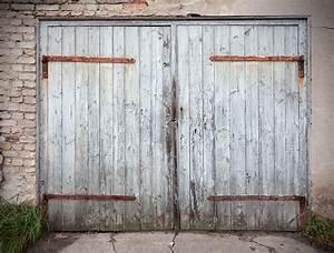 Recherche Garage : 5 unique ways to repurpose old garage doors ~ Gottalentnigeria.com Avis de Voitures