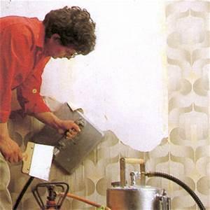 Comment Coller Du Papier Peint : comment d coller un papier peint du mur bricobistro ~ Dailycaller-alerts.com Idées de Décoration
