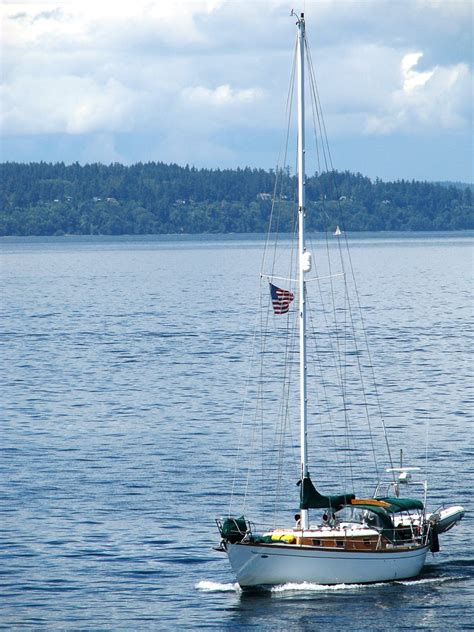 Sailboat On Water by Free Sailboat On The Water Stock Photo Freeimages