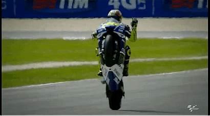 Valentino Rossi Rudolph Gifs Dagospia Yamaha Impennata