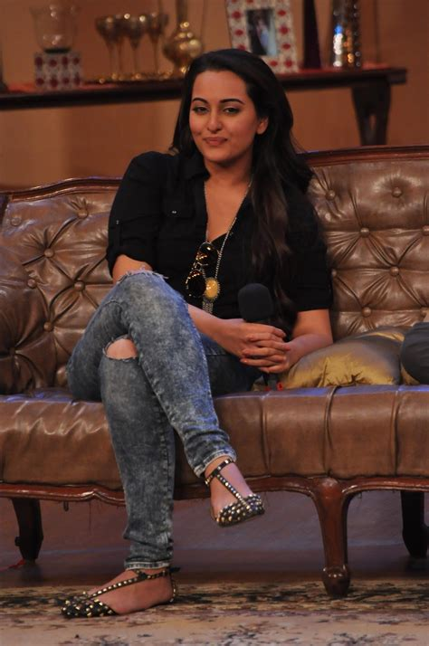 high quality bollywood celebrity pictures sonakshi sinha