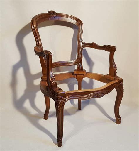 beaux sieges fauteuil louis xv fleurettes hauteur salon les beaux