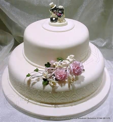 two tier wedding cake 2 tier wedding cakes 2 tiered wedding cakes archives patty 39 s cakes and desserts 2 tier