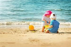 Checkliste Baby Erstausstattung Sommer : verreisen mit baby eine checkliste magazin ~ Orissabook.com Haus und Dekorationen