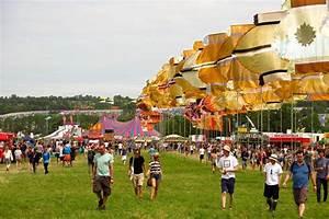 Glastonbury Music Festival Sunny Day Crowds Music Tents ...