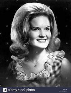 LYNN ANDERSON - US Country & Western singer Stock Photo ...