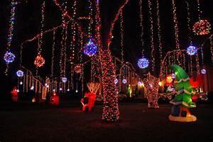 Christmas Lights In River Oaks Houston Texas Houston Christmas Lights 2020 2021 In Texas Dates Map