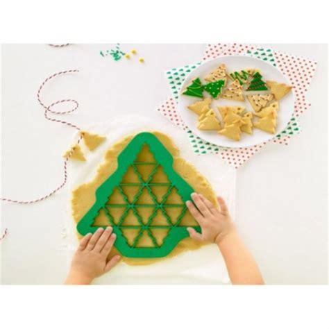 fabriquer des emporte pieces cuisine moules gâteaux noël moule à gâteau et pâtisserie de noel moules individuels pour noel cuisine