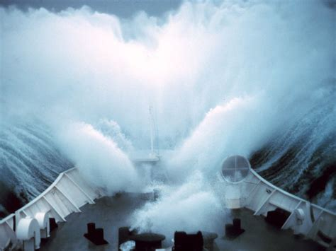 rogue waves national geographic society