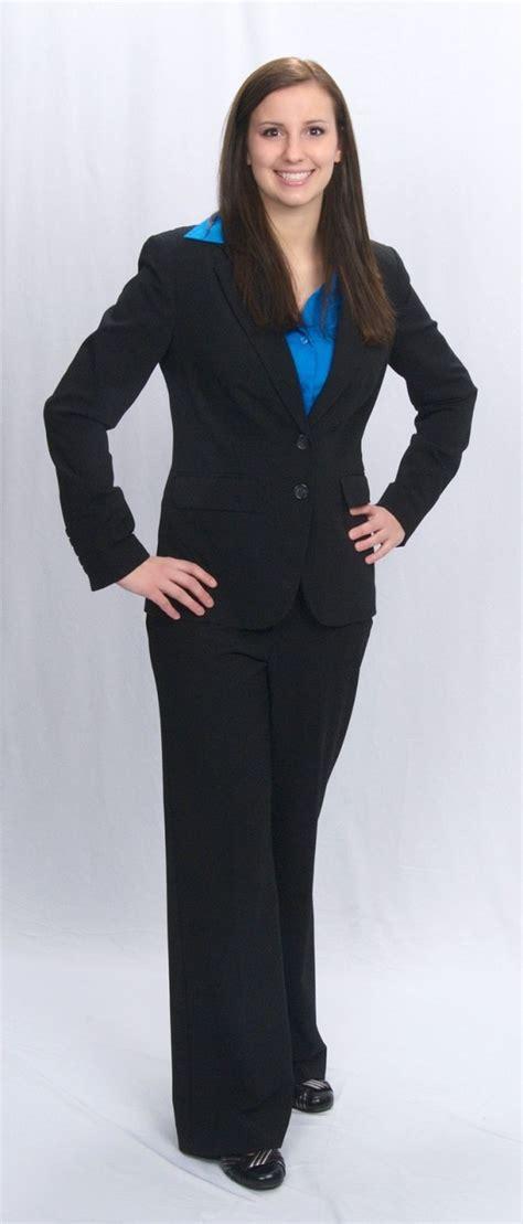 Business casual dress for young women 2017-2018 | B2B Fashion
