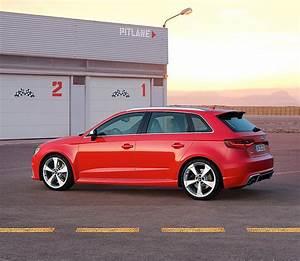 Audi Rs3 Sportback 2017 : audi rs3 sportback specs 2015 2016 2017 autoevolution ~ Medecine-chirurgie-esthetiques.com Avis de Voitures