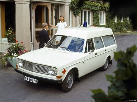 Images of Volvo 145 Express Ambulance 1972 (2048x1536)