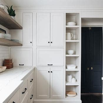 White Cabinets Bronze Hardware by White Cabinets With Rubbed Bronze Hardware Design Ideas