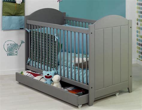 les plus belles chambres de bébé chambre jumeaux bébés jumeaux co le site des parents