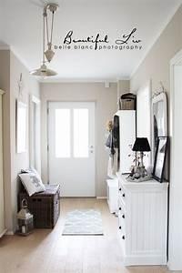 Www Kleine Diele De : flur idee mit derselben wandfarbe gesamteindruck sieht sehr sch n aus einrichten und wohnen ~ Markanthonyermac.com Haus und Dekorationen