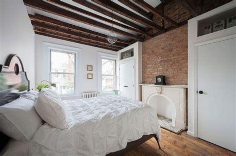 deco chambre avec poutre apparente plafond poutre apparente pour apporter une touche rustique