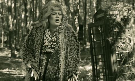 Adele Hello From The Outside
