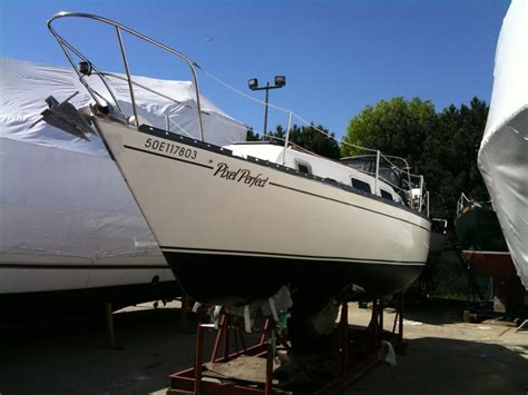 What To Look For When Buying A Boat by 5 Things To Look For When Buying A Used Sailboat Ragged