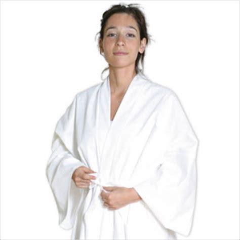 literie jetable pour particulier jetable pour la salle de bain peignoir serviette chausson gant