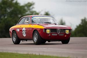 Alfa Romeo Giulia Prix Ttc : alfa romeo giulia gta chassis ar613240 driver dominik roschmann 2016 grand prix de l 39 age ~ Gottalentnigeria.com Avis de Voitures