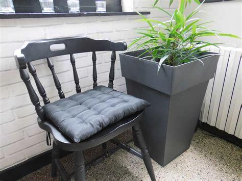 chaise americaine la chaise saloon revisitée le qui réveille les