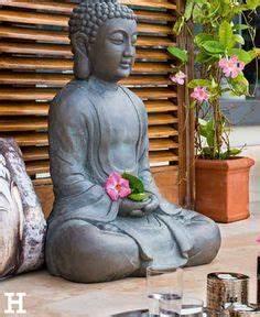 Buddha deko buddha garten gartenleuchte buddha figur for Französischer balkon mit buddha kopf garten
