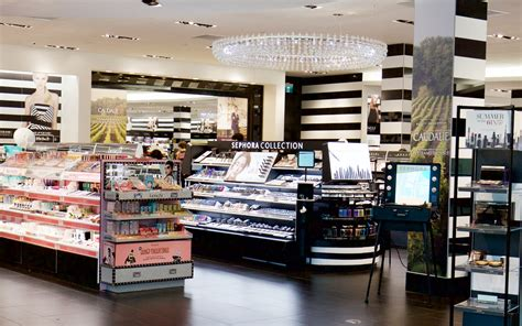 sephora si鑒e sephora square one shopping centre