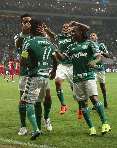 Mercado da bola: atacante do Palmeiras na mira do Barcelona