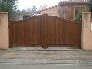 Portail En Bois Pas Cher : portail en bois plein portail alu battant pas cher ~ Melissatoandfro.com Idées de Décoration