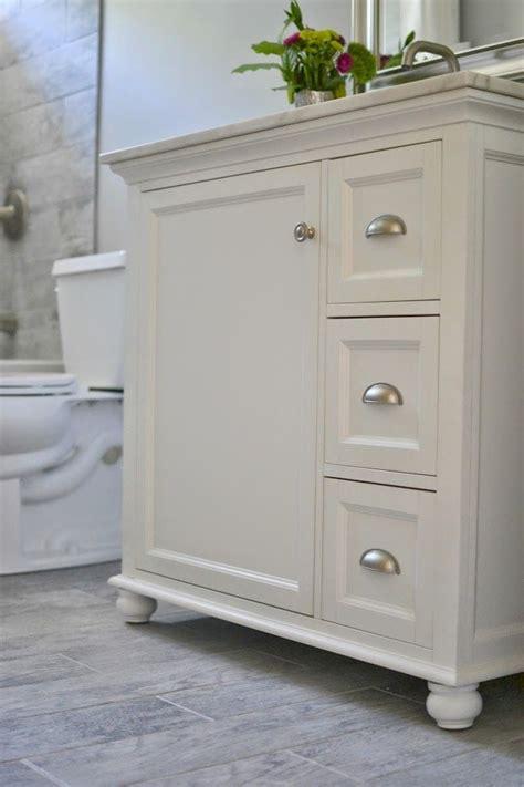 bathroom vanity ideas for small bathrooms 25 best ideas about small bathroom vanities on pinterest bathroom vanities small vanity sink