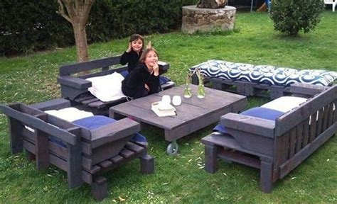 fabriquer chaise en bois beautiful comment faire un salon de jardin avec des palettes contemporary home ideas 2018