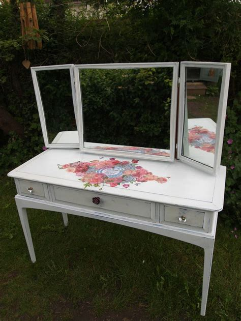 dressing table shabby chic 17 best images about painted shabby chic decoupage dressing tables on pinterest dressing