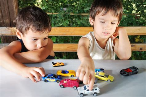 kid play car mattel says moms don 39 t know how to play with cars