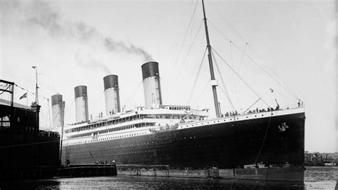rms olympic sinking rms titanic wallpapers wallpaper cave