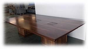 Realizzazione tavoli in legno su misura Tavoli in legno per casa, negozio